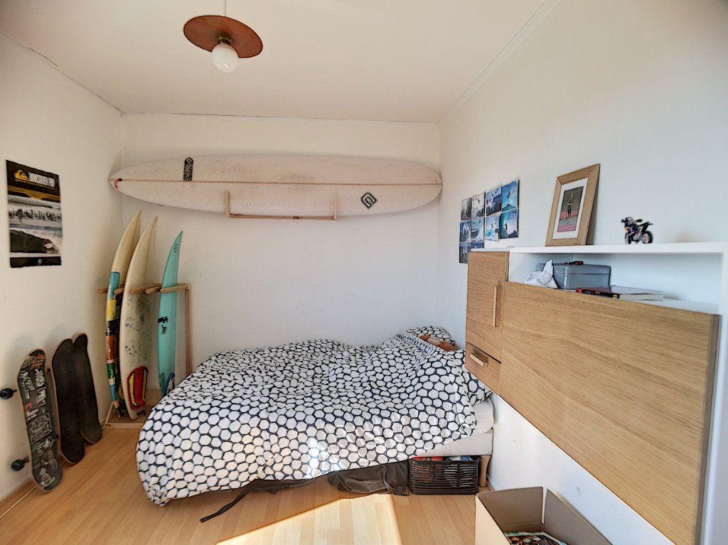 Appartement à vendre 5 109.35m2 à Biarritz vignette-6