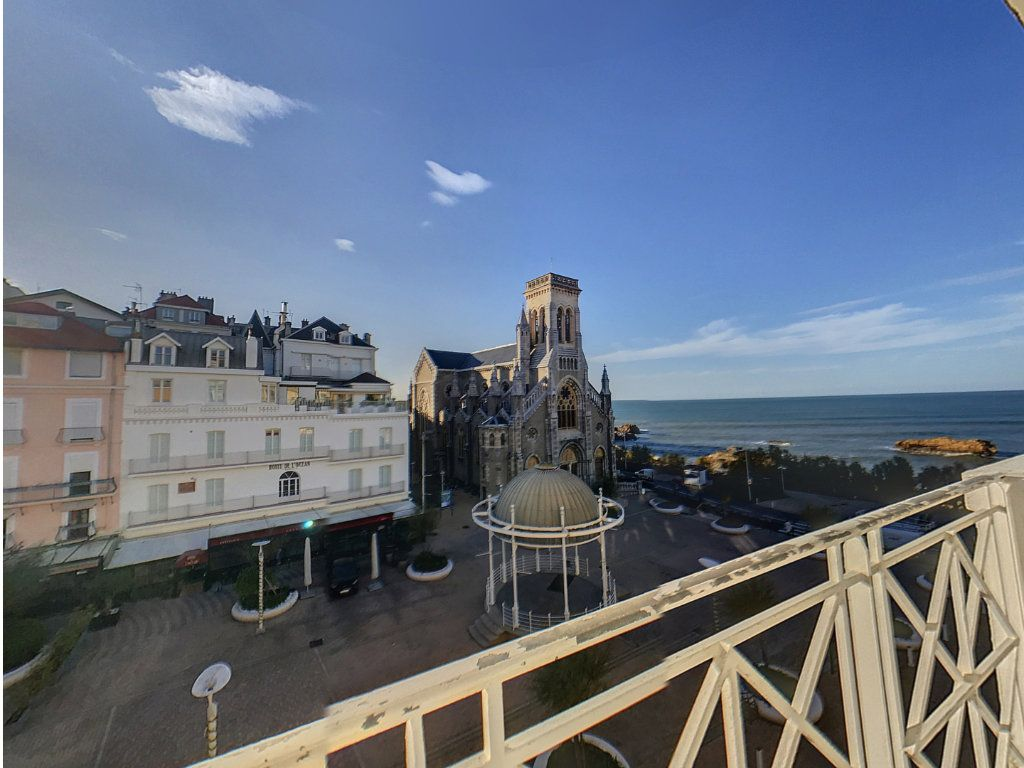 Appartement à vendre 4 78.33m2 à Biarritz vignette-2