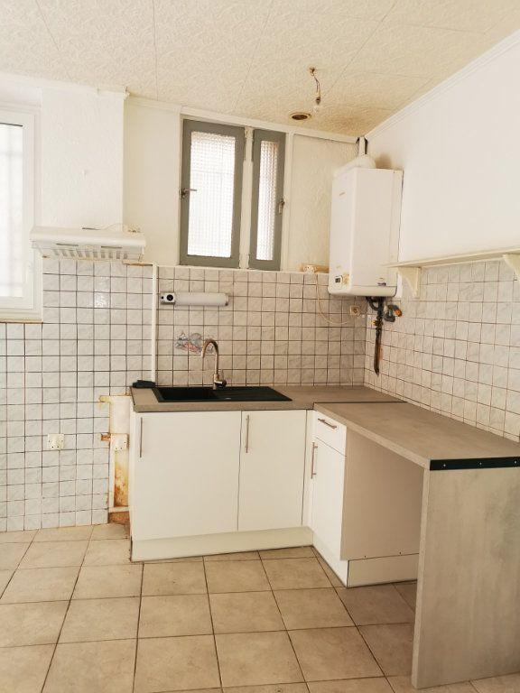 Appartement à louer 1 36.5m2 à Limoux vignette-2