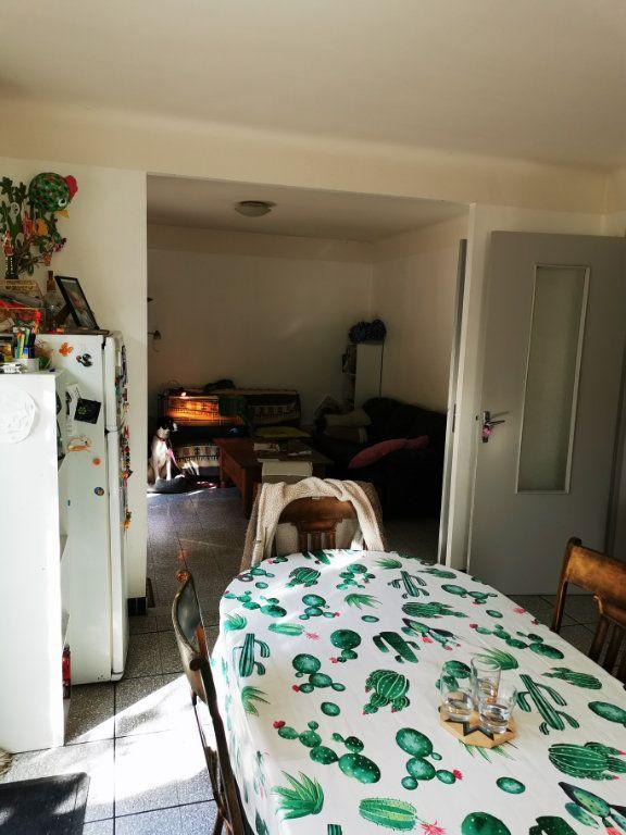 Maison à louer 4 80.97m2 à Limoux vignette-3