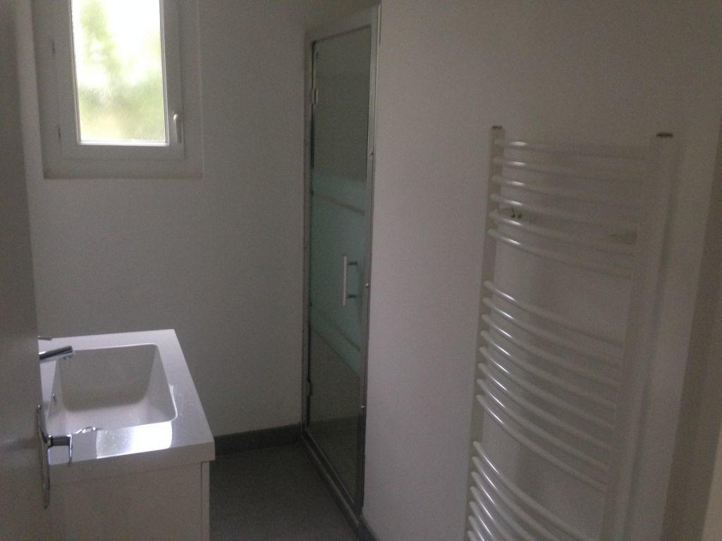 Maison à louer 4 80.97m2 à Limoux vignette-8