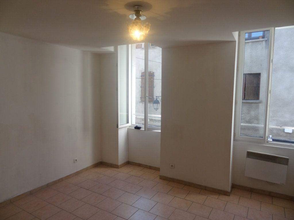 Appartement à louer 2 32.81m2 à Limoux vignette-2