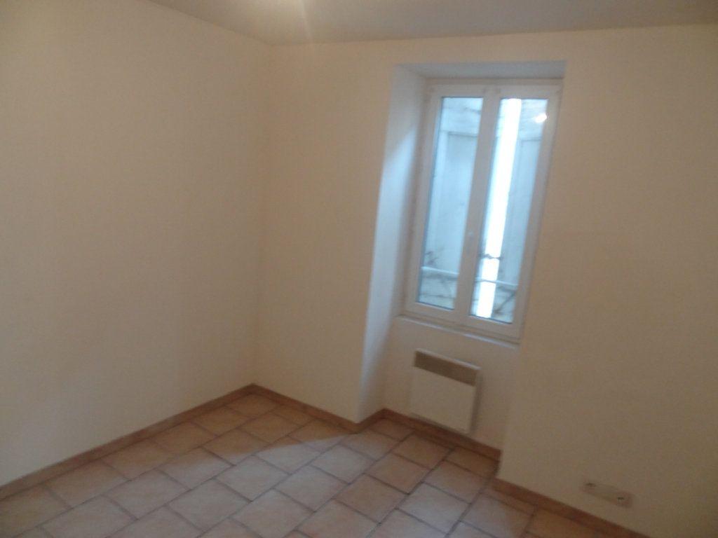 Appartement à louer 2 32.81m2 à Limoux vignette-4
