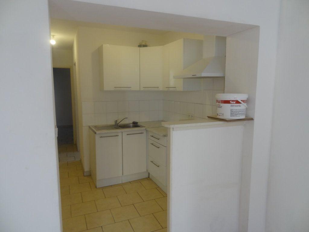 Appartement à louer 2 32.81m2 à Limoux vignette-6