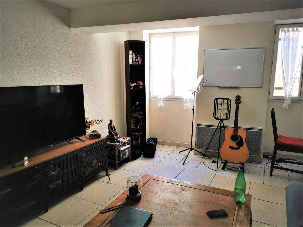 Appartement à louer 2 58.46m2 à Limoux vignette-1
