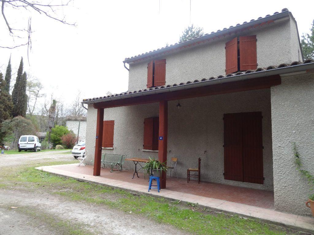 Maison à louer 4 126.49m2 à Limoux vignette-1