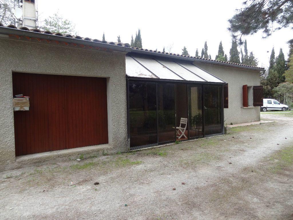 Maison à louer 4 126.49m2 à Limoux vignette-2
