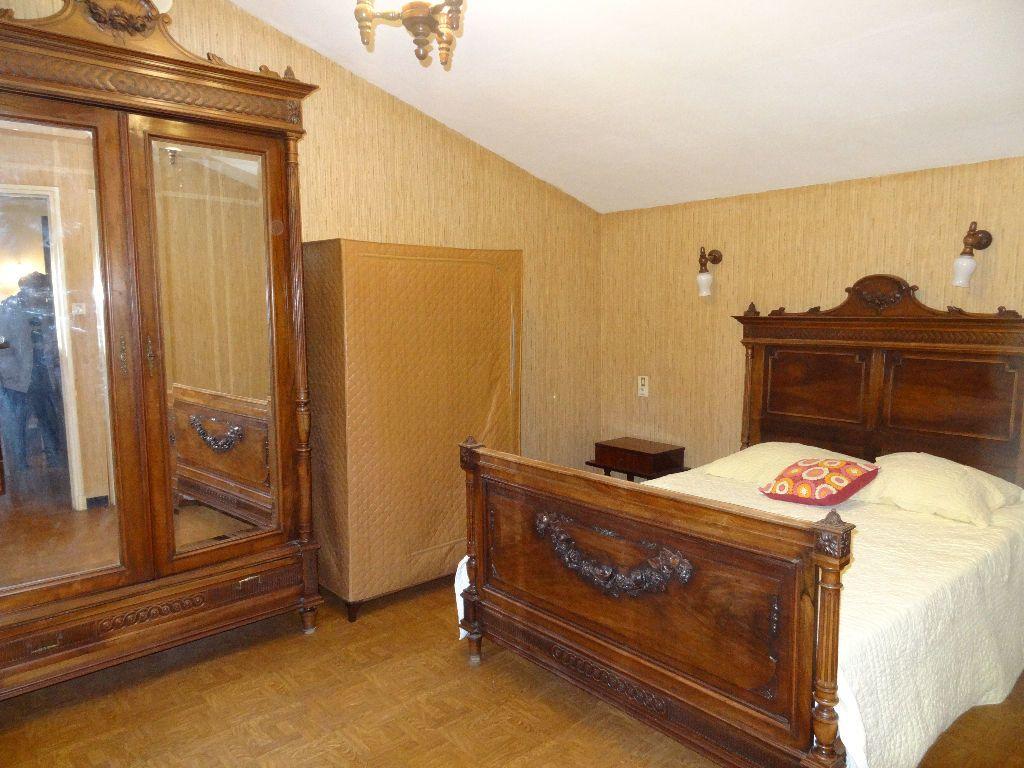 Maison à louer 4 126.49m2 à Limoux vignette-10