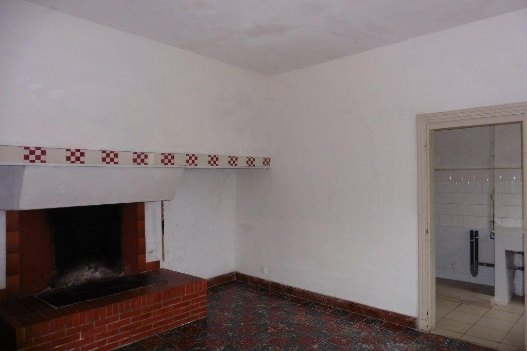 Maison à vendre 5 134m2 à Malras vignette-2