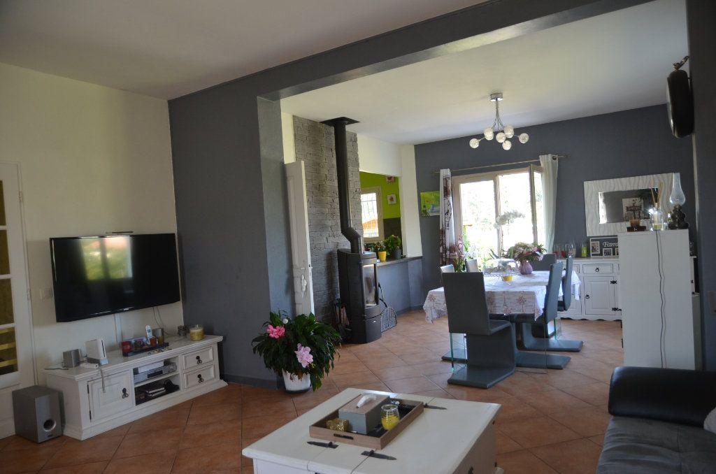 Maison à vendre 5 148.27m2 à Lauraguel vignette-6
