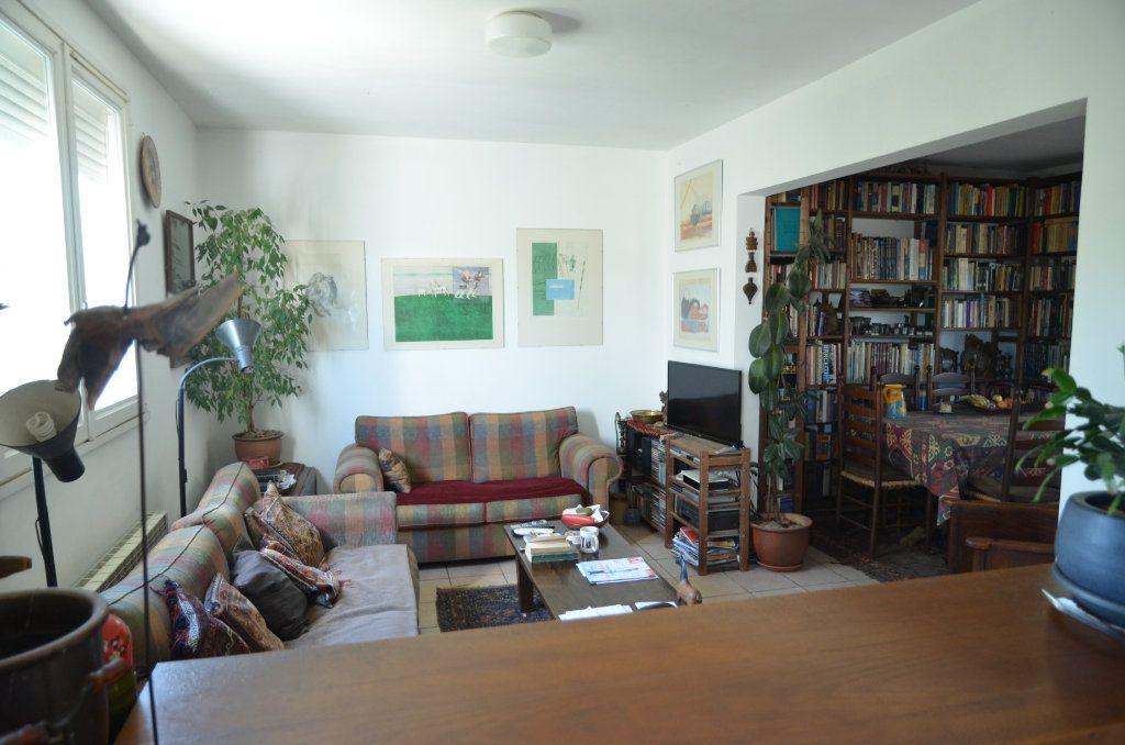 Maison à vendre 4 135m2 à Pieusse vignette-3