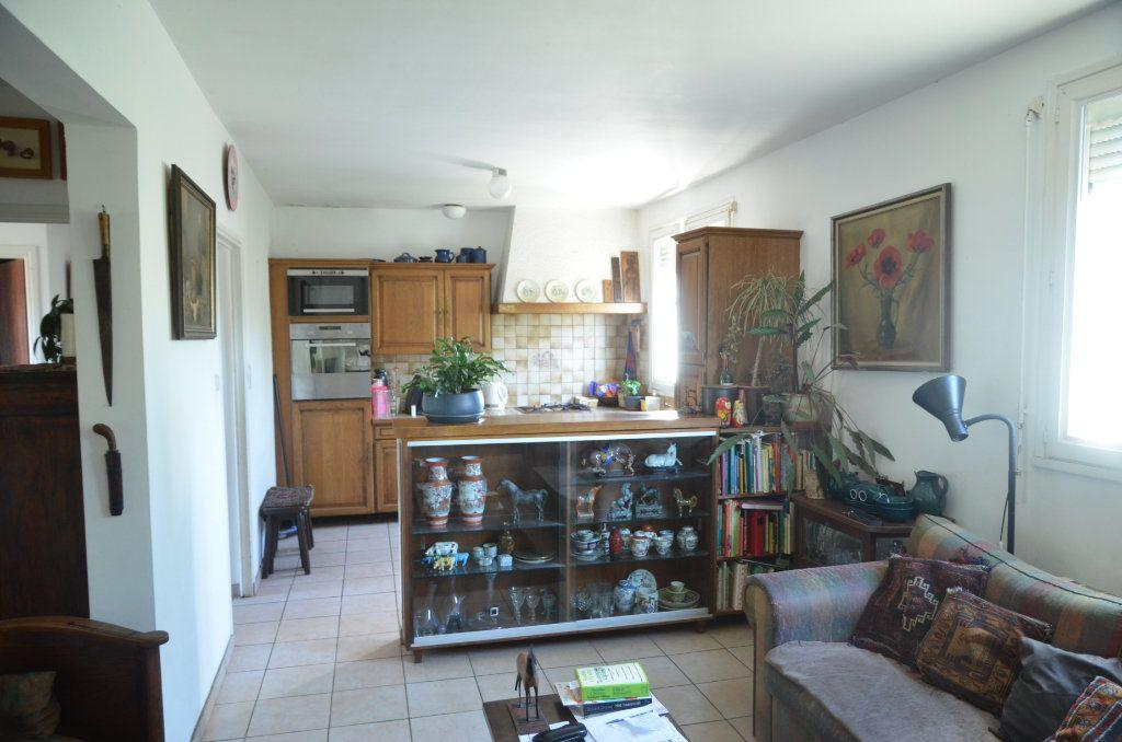 Maison à vendre 4 135m2 à Pieusse vignette-4