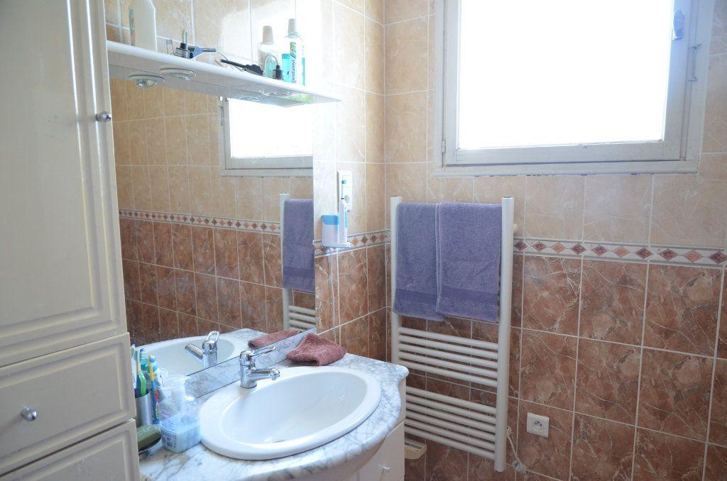 Maison à vendre 4 135m2 à Pieusse vignette-6