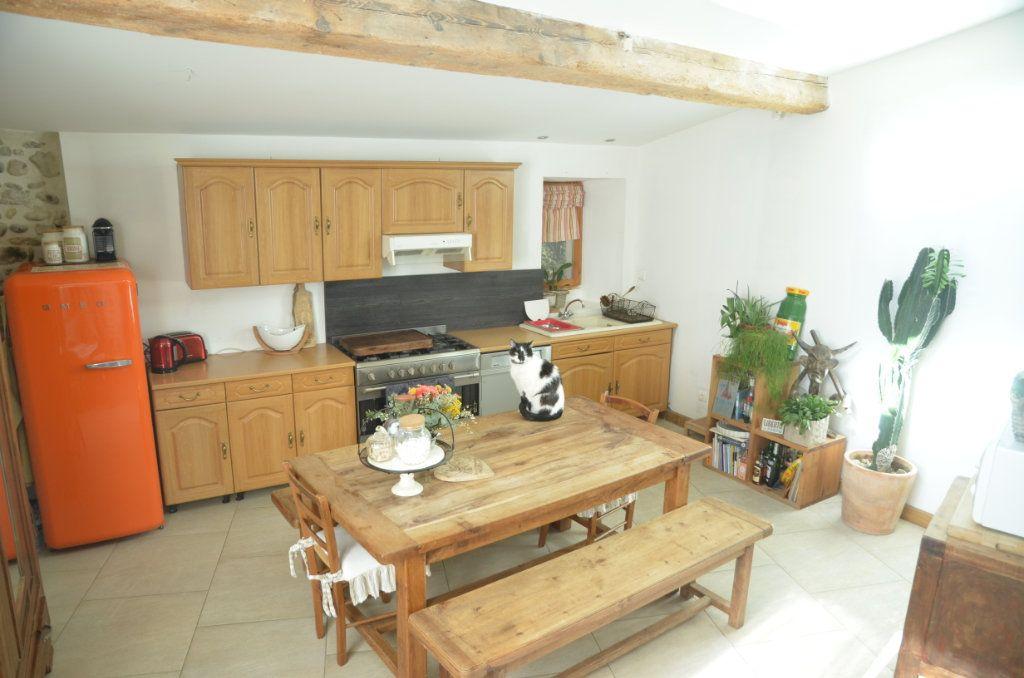 Maison à vendre 4 156m2 à La Digne-d'Aval vignette-3