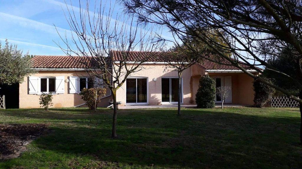Maison à vendre 4 116m2 à Lauraguel vignette-1