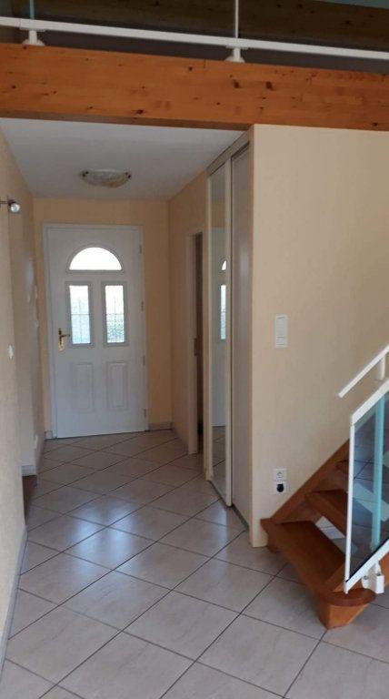 Maison à vendre 4 116m2 à Lauraguel vignette-6