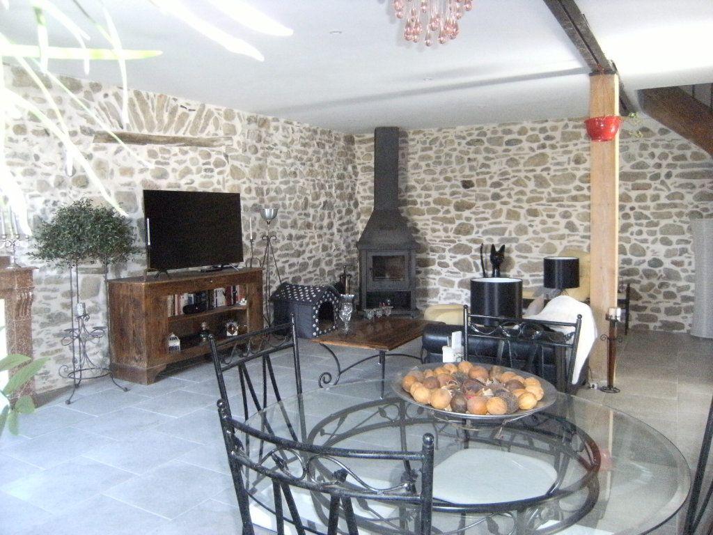 Maison à vendre 4 133m2 à Castelreng vignette-4