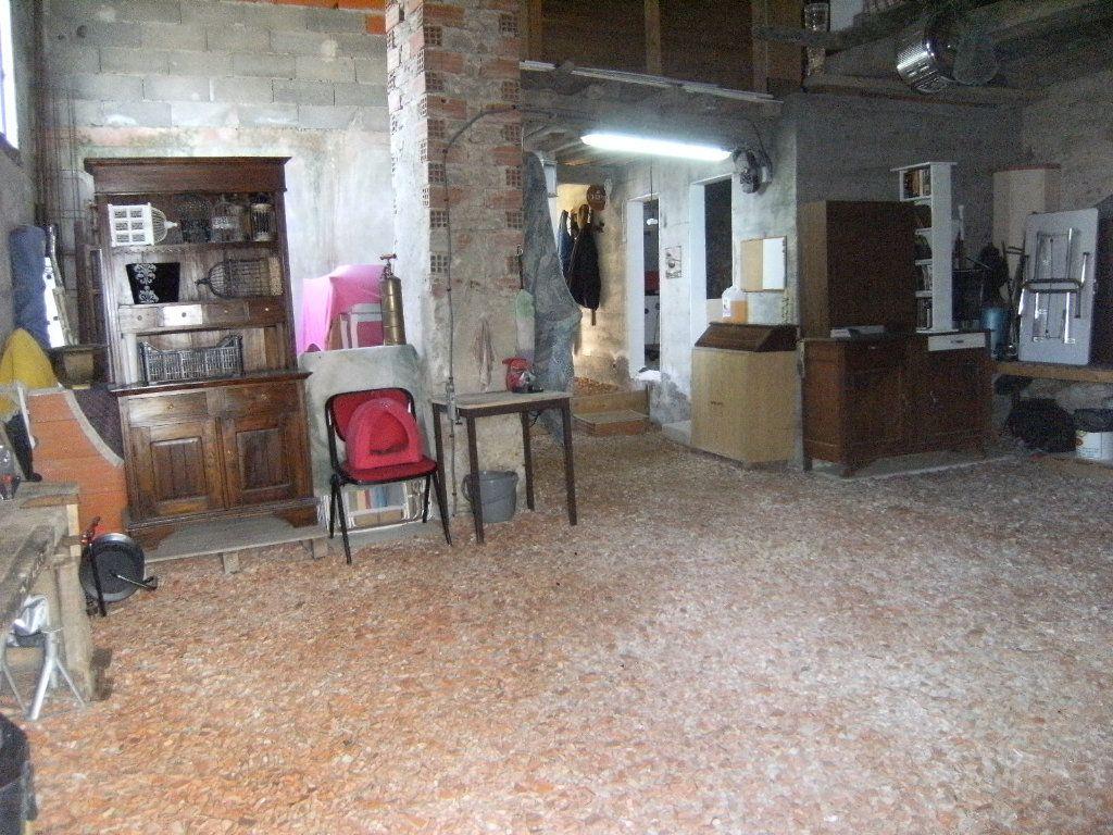 Maison à vendre 4 133m2 à Castelreng vignette-17