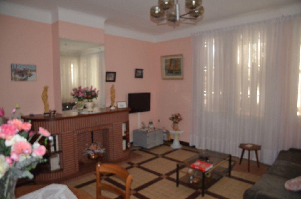 Maison à vendre 8 169m2 à Limoux vignette-3