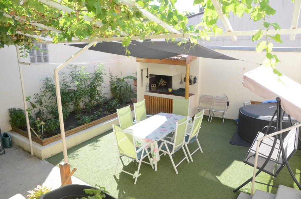 Maison à vendre 6 160m2 à Limoux vignette-1