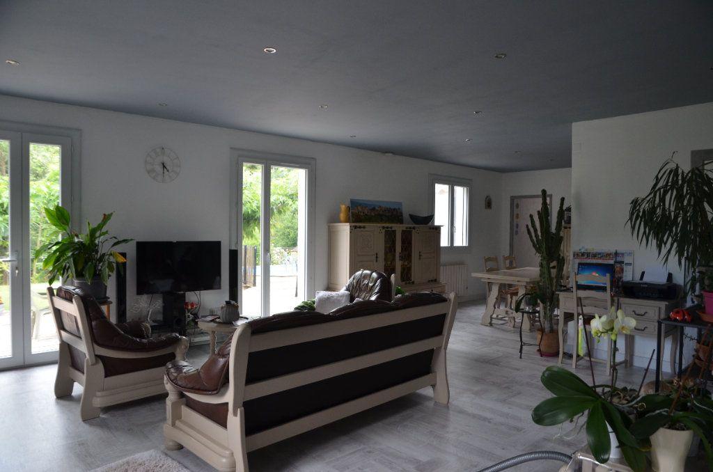 Maison à vendre 5 171m2 à Montazels vignette-5