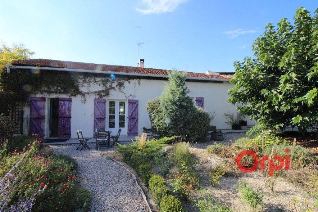 Maison à vendre 8 160m2 à Bellegarde-du-Razès vignette-2