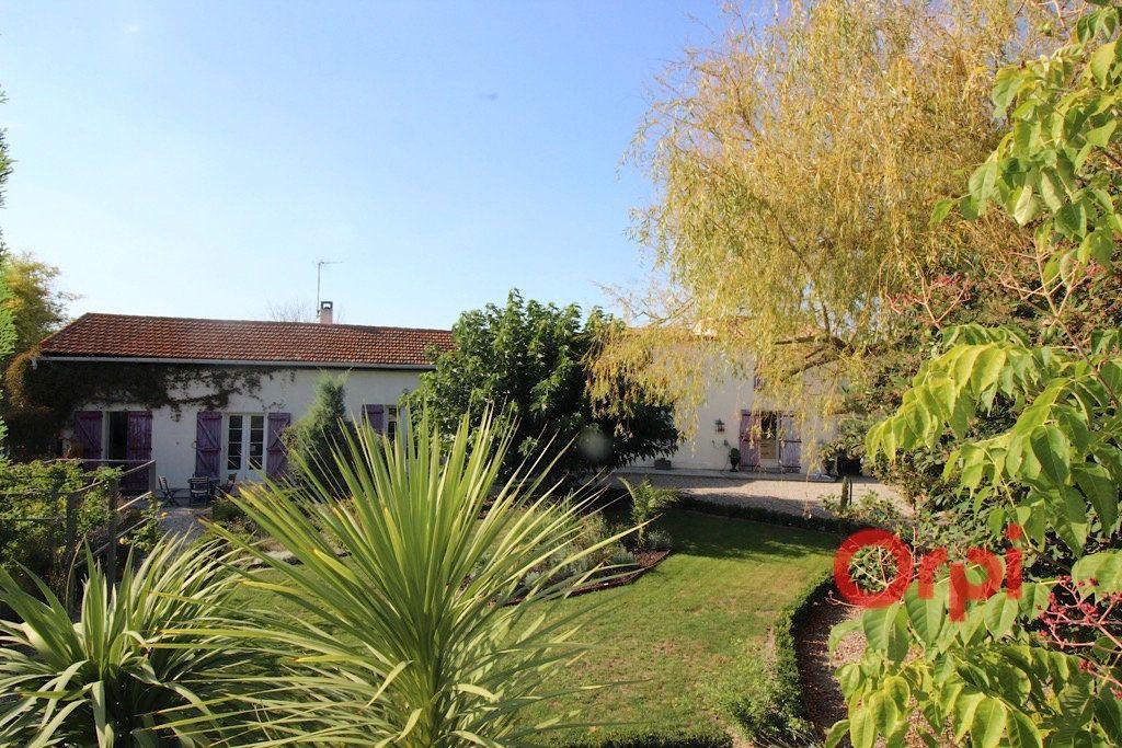 Maison à vendre 8 160m2 à Bellegarde-du-Razès vignette-3