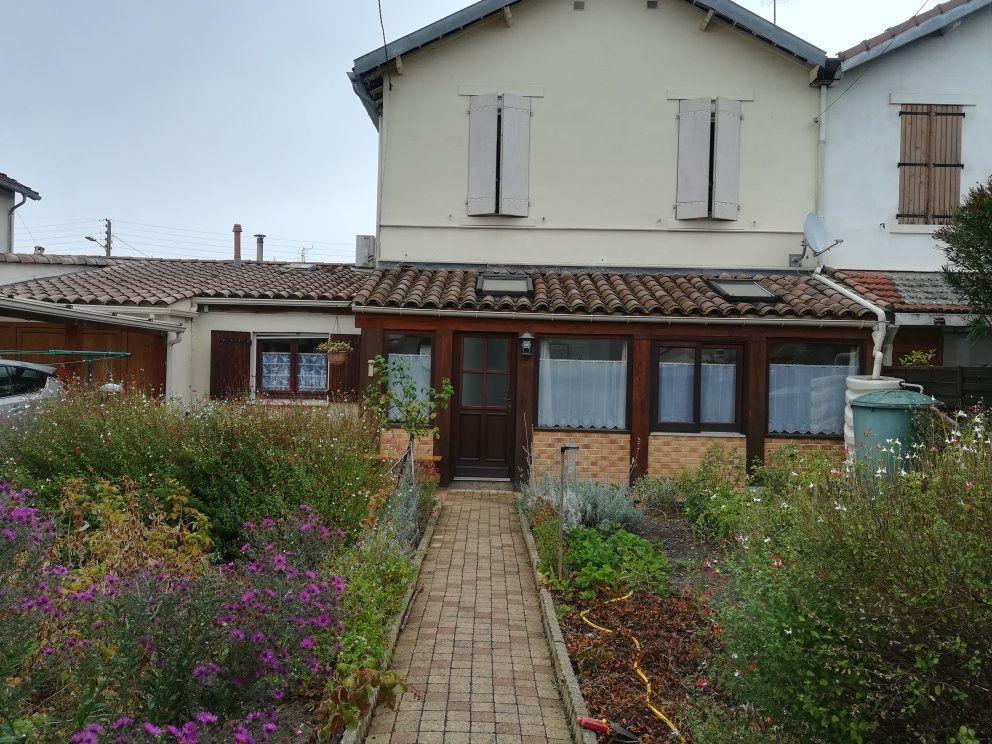 Maison à vendre 3 75m2 à Limoux vignette-1