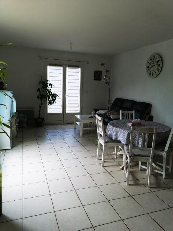 Maison à louer 5 94.3m2 à Cournanel vignette-2