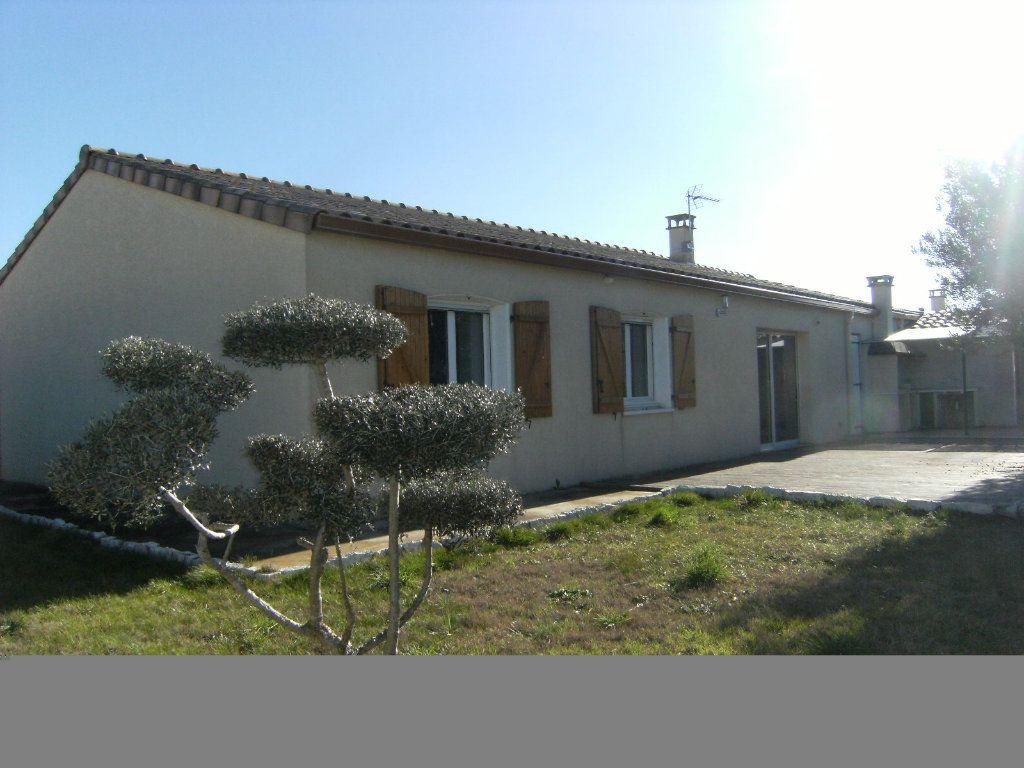 Maison à vendre 4 106m2 à Limoux vignette-1