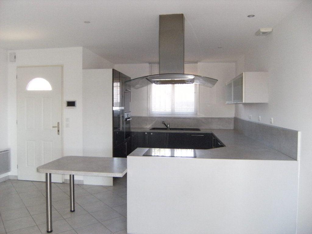 Maison à vendre 4 106m2 à Limoux vignette-5