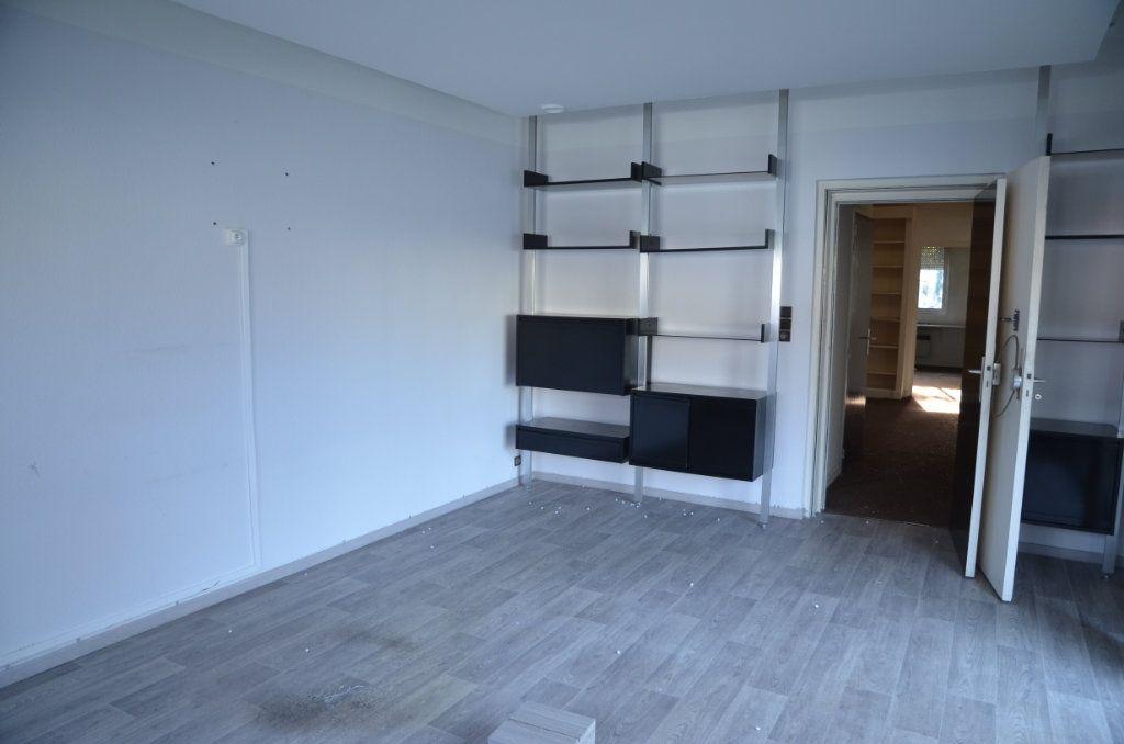 Maison à vendre 7 237m2 à Limoux vignette-2