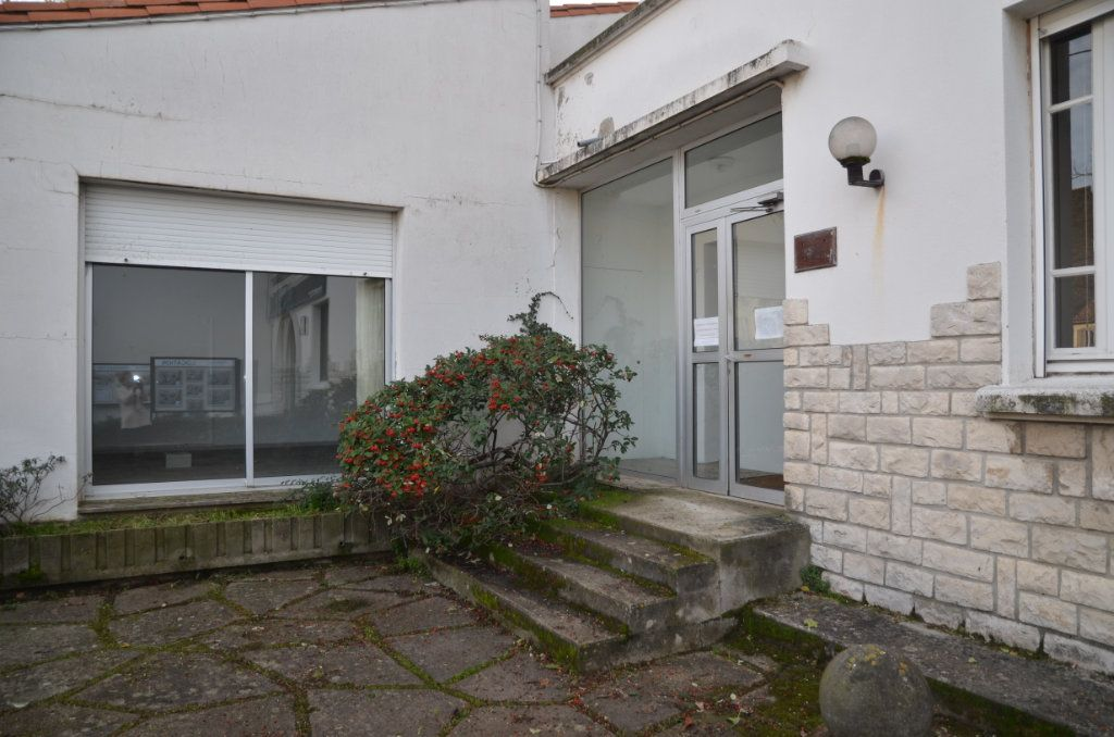 Maison à vendre 7 237m2 à Limoux vignette-4
