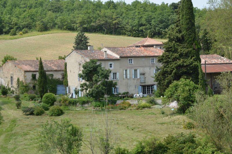 Maison à vendre 12 595m2 à Escueillens-et-Saint-Just-de-Bélengard vignette-2