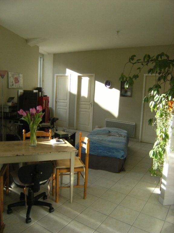 Maison à louer 3 57m2 à La Digne-d'Amont vignette-2