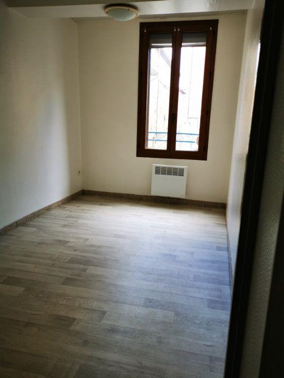Appartement à louer 2 38m2 à Limoux vignette-2