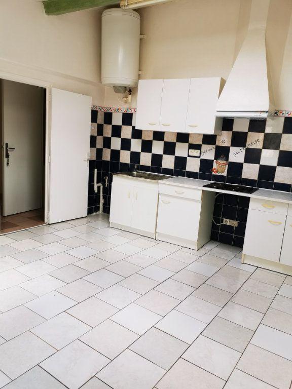 Appartement à louer 2 38.5m2 à Limoux vignette-1