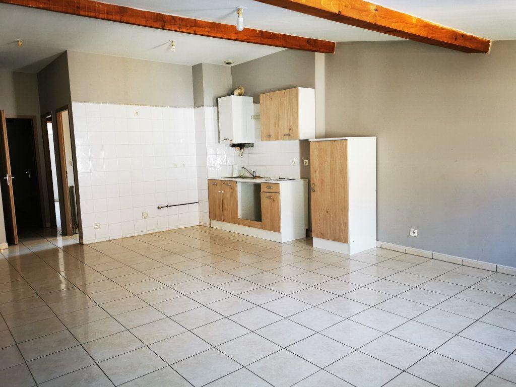 Appartement à louer 3 57m2 à Espéraza vignette-4