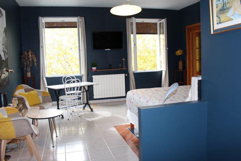 Maison à vendre 6 190m2 à Alaigne vignette-6