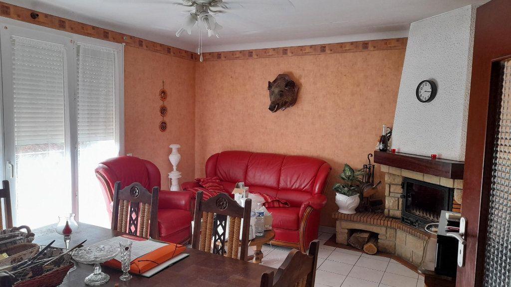 Maison à vendre 5 98m2 à La Digne-d'Aval vignette-5