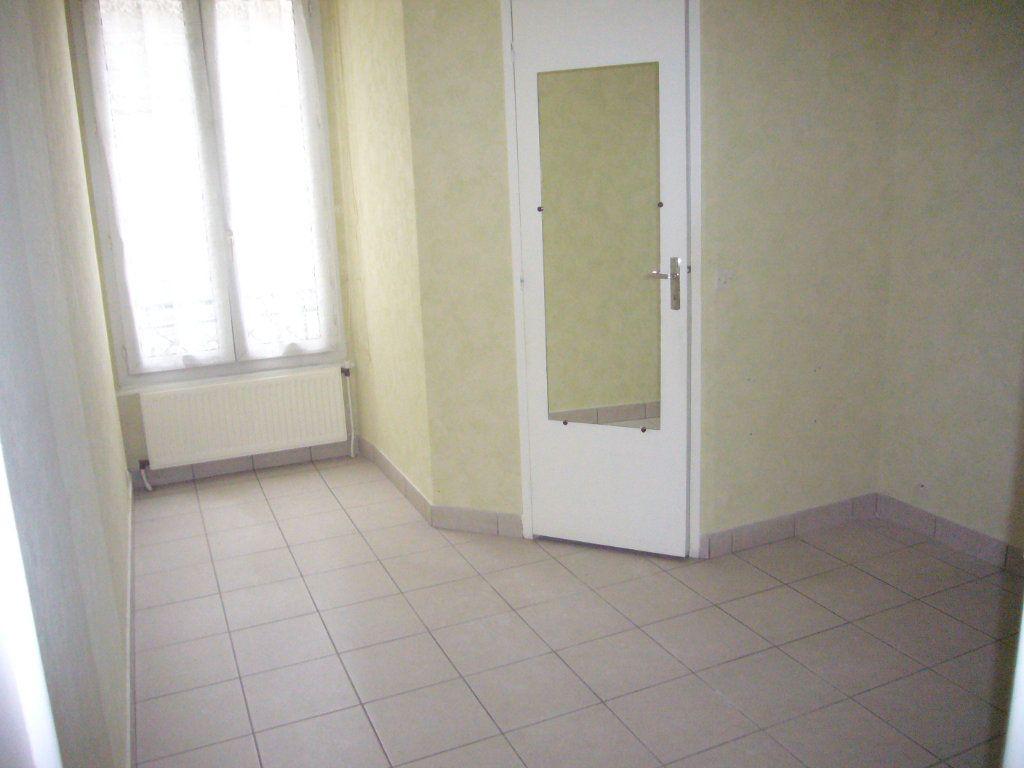 Appartement à louer 2 33.08m2 à Lagny-sur-Marne vignette-5