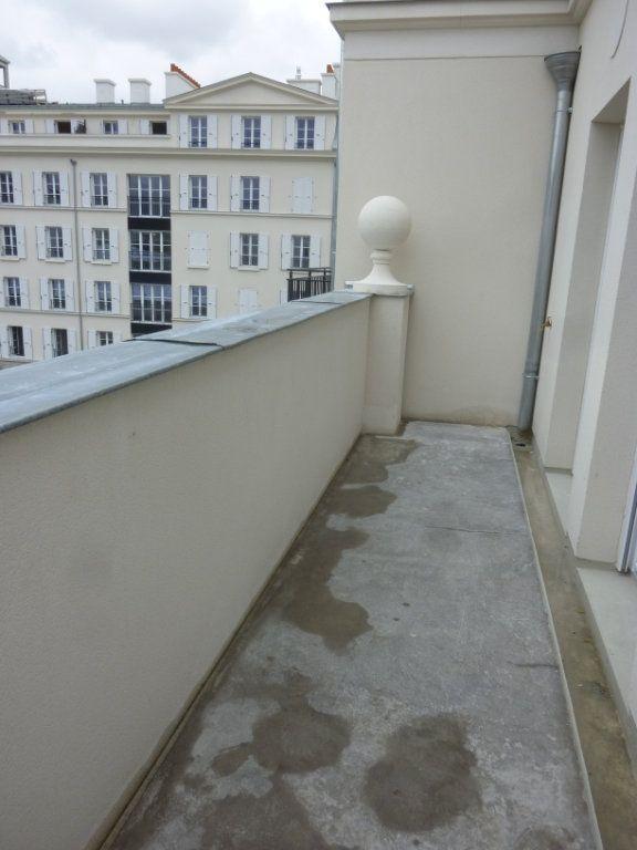 Appartement à louer 3 61.69m2 à Chessy vignette-3