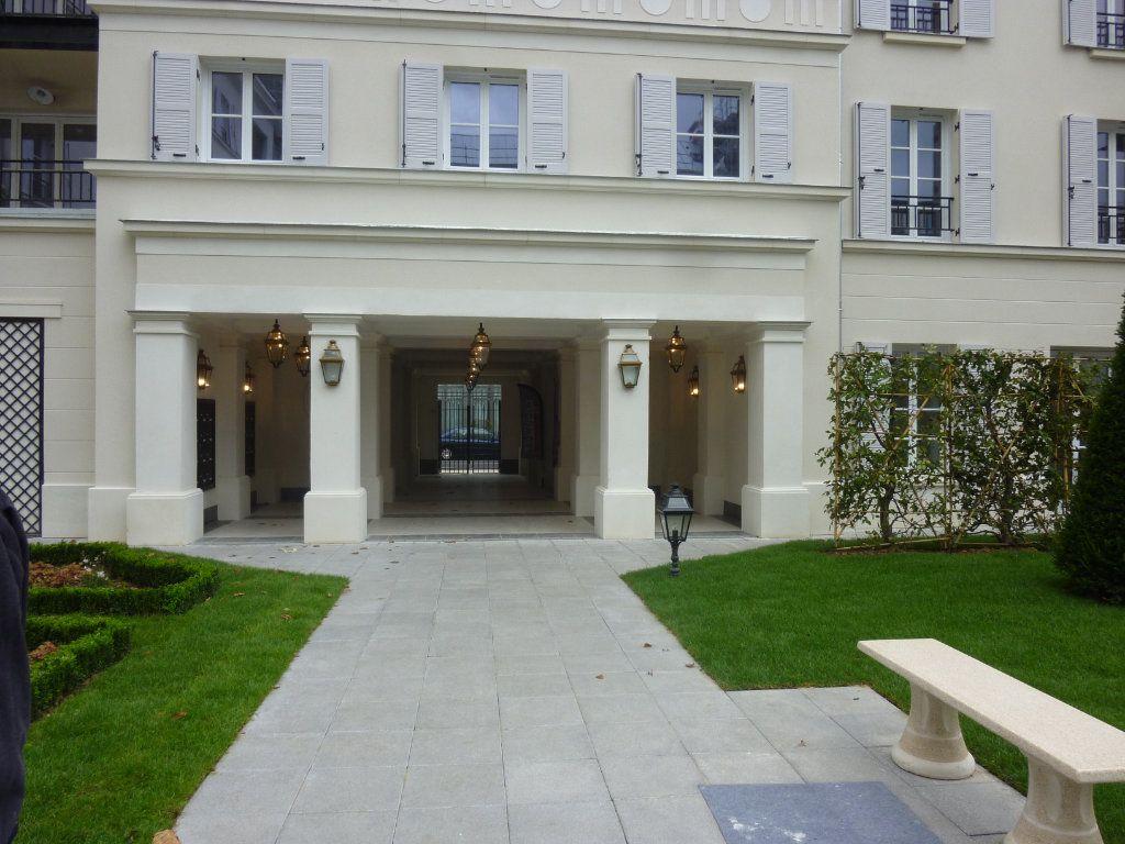 Appartement à louer 3 61.69m2 à Chessy vignette-12