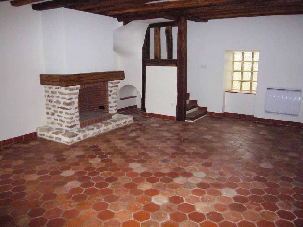 Maison à louer 5 153.09m2 à Tigeaux vignette-1