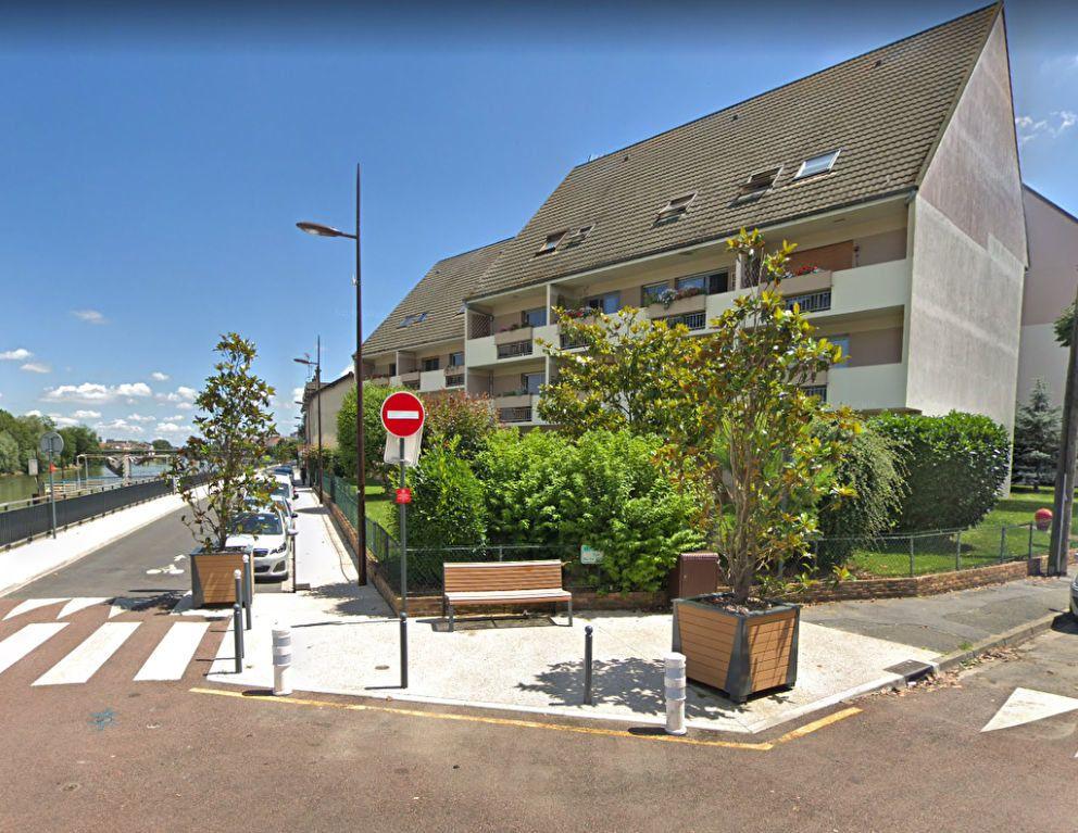Appartement à louer 2 39.73m2 à Lagny-sur-Marne vignette-1