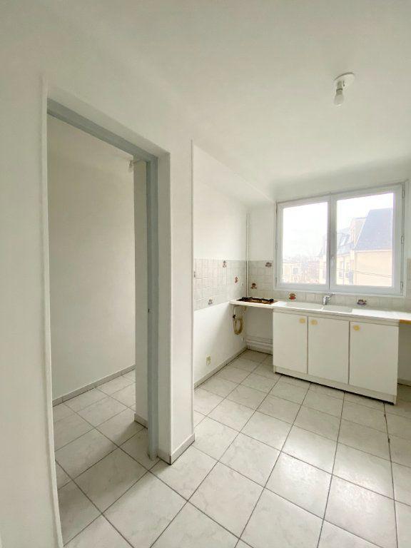 Appartement à louer 2 57.44m2 à Gournay-sur-Marne vignette-3