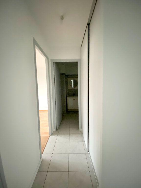 Appartement à louer 2 57.44m2 à Gournay-sur-Marne vignette-6