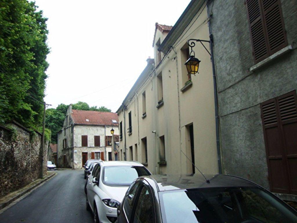 Appartement à louer 3 50.32m2 à Champs-sur-Marne vignette-1