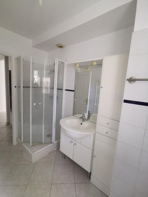 Appartement à louer 3 54.56m2 à Lagny-sur-Marne vignette-5