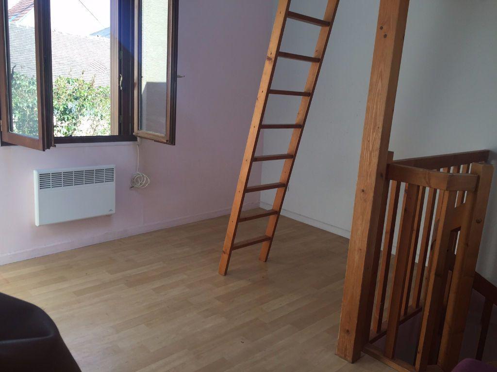 Maison à louer 1 22.82m2 à Thorigny-sur-Marne vignette-3